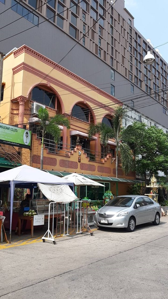Shop house in Central Pattaya - Commercial - Pattaya Central -