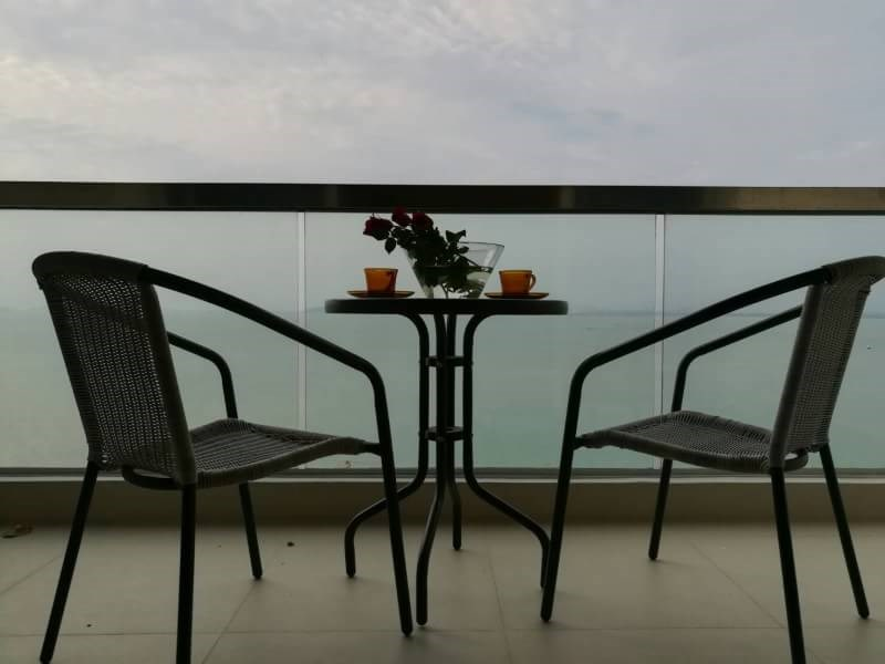 Seaview holiday studio in THE PALM - Condominium - Na Kluea -