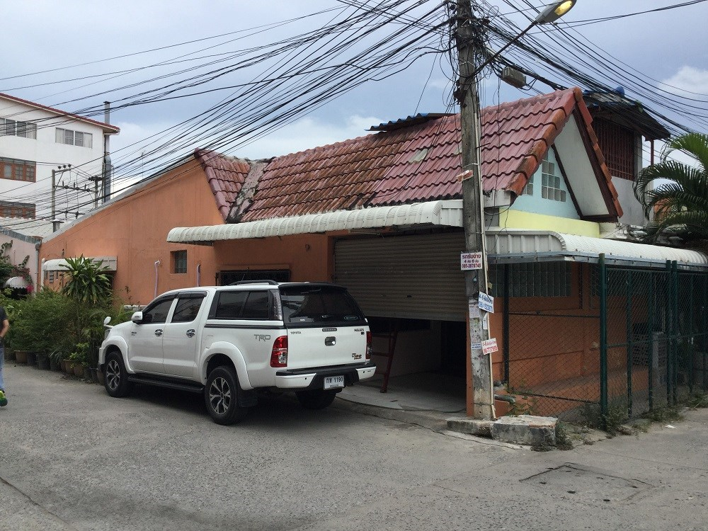 Townhouse close Soi Buakhao for rent - House - Na Kluea - Soi Buakhao