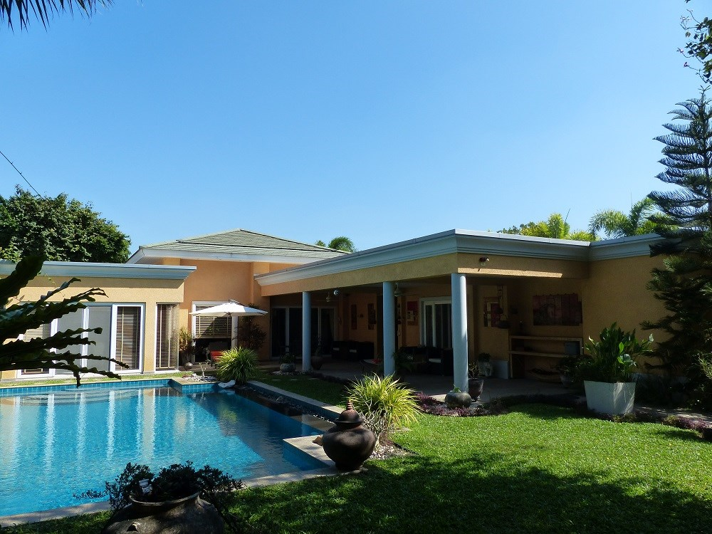 Modern Villa in quite Resort in Pattaya East - House - Pattaya East -