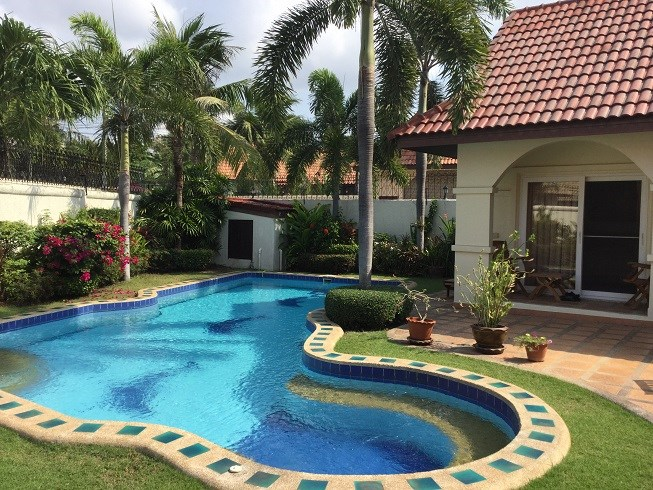 Pool Villa in East Pattaya - House - Pattaya East -