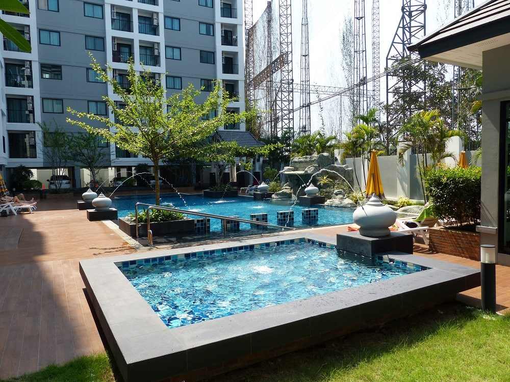 2 bedroom Condo in Naklua - Condominium - Na Kluea -