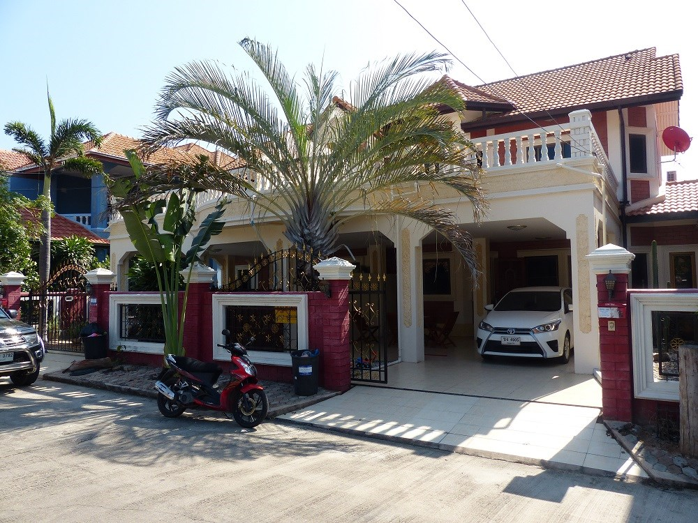 City Villa in Pattaya, Soi Kopai - House - Pattaya Central -