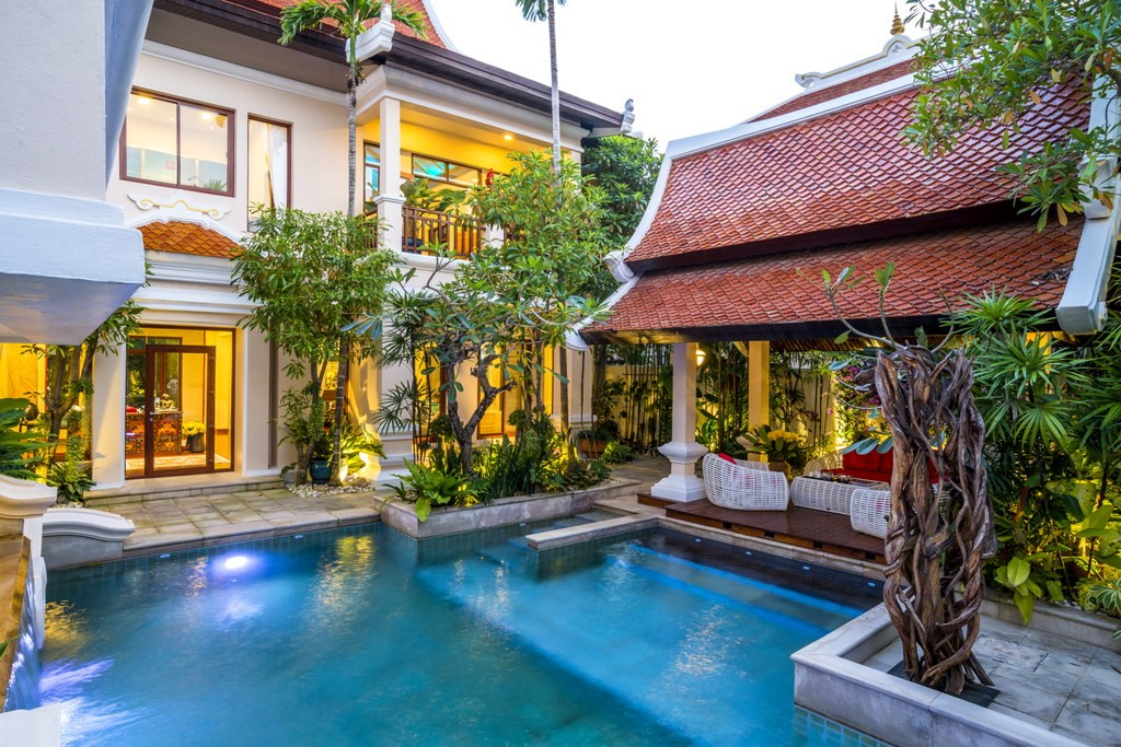 Life & Home Magazine 'Villa of the Month' - House - Na Jomtien Beach -