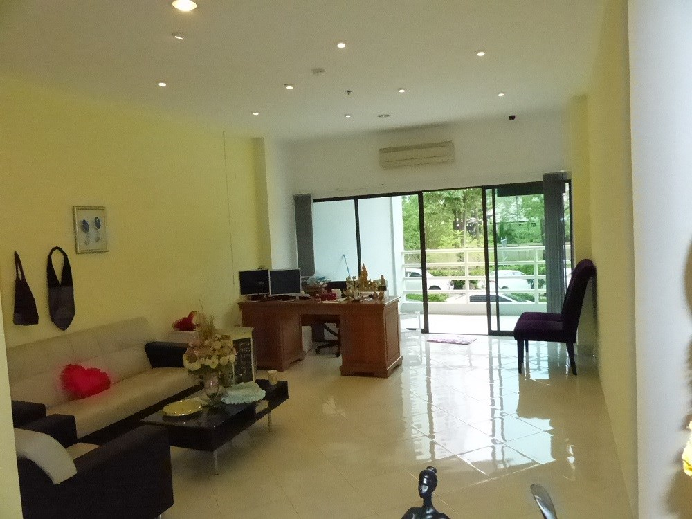 Shop for sale in VIEW TALAY 5C - Commercial - Jomtien Beach -