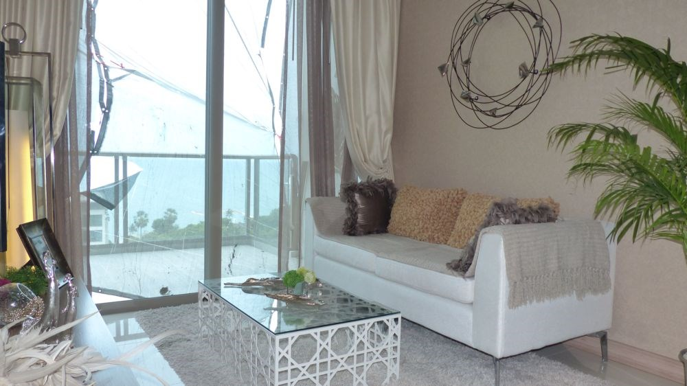 Luxury Apartment TTHE RIVIERA Jomtien - Condominium - Jomtien Second Road -